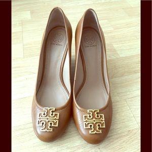 Tory Burch Wedge heel, size 9